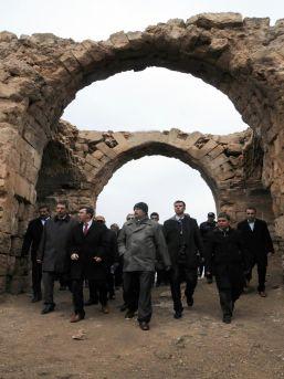 Tarihi Harran Kalesi ve surları onarılıyor