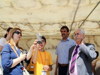 Muğla'da Piri Reis İlköğretim Okulu bilim şenliği düzenledi