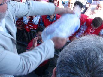 Arakan'da Yaşanan Vahşet Kadıköy'deki Mitingde Protesto Edildi