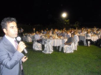 Saim Orhan: Eğitim Gönüllüleri Türkiye'yi Dünyaya Tanıtıyor