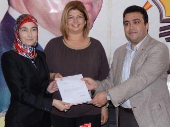 Turgutlu Ak Parti Kadın Kolları Hatice Gözeten Bulut'a Emanet