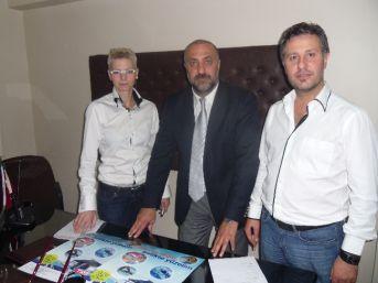 Adapazarı Berberler Odası T2 S Yüzme Spor Kulübü İle Protokol İmzaladı
