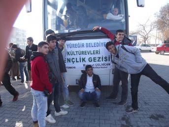 Yüreğir Belediyesi, Kültür Evlerine Gelen Çocukları Geziye Gönderdi