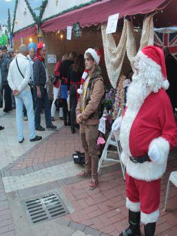 Noel Pazarı Parasıyla Engellilere Seyyar Asansör Alınacak