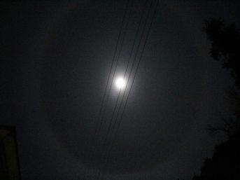 Ay'ın Etrafındaki Hale İlgiyle İzlendi
