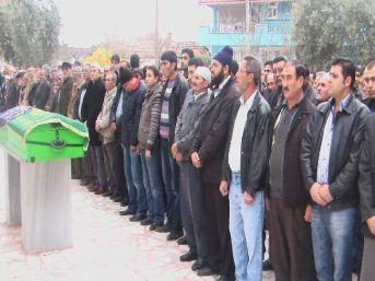 Alaşehir'de Kazada Ölen Kadın İnfaz Koruma Memuru Toprağa Verildi
