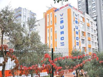Adana da burç okulları eğitim zincirine anadolu sağlık meslek