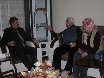 Mhp İl Başkanı Hakan Er, Ev Ziyaretlerini Sürdürüyor