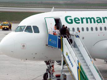 Zafer Bölgesel Havalimanı'ndan Yurtdışına Ilk Uçuş Düsseldorf'a