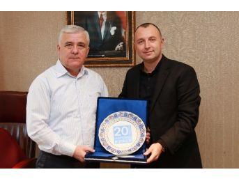 Otel Müdüründen Başkan Yardımcısı Altındağ'a Teşekkür