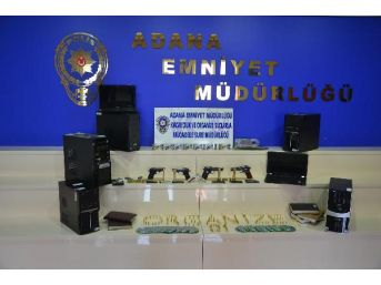 Adana'da Suç Örgütü Operasyonu: 14 Gözaltı