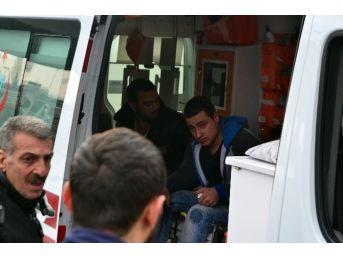Esnafın Bıçaklı Ve Şişeli Kavgasında 7 Kişi Yaralandı