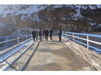 Kaymakam Dündar, Köprüde İnceleme Yaptı