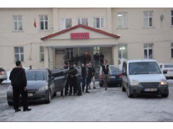 Tatvan'Da Tarihi Eser Dolandırıcılığı Yapan 3 Kişi Tutuklandı