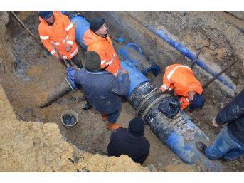 Düzce'de 14 Mahallenin Su İhtiyacını Karşılayan Şebeke Yenilendi