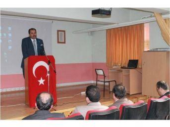 Hukuk Fakültesi Dekanı Prof. Dr. Cem Baygın Kariyer Günleri 'ne Konuk Oldu