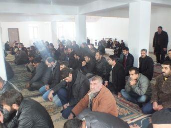 1071 Kümbet Camii, Hayırseverlerin Yardımlarını Bekliyor