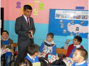 İlçe Milli Eğitim Müdürü Özdemir'den Okullara Ziyaret