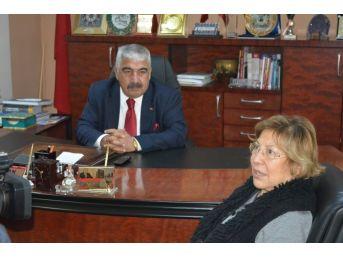 Eski Bakan İmren Aykut, Başkan Öztürk'ü Ziyaret Etti