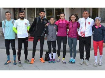 Atletizm Milli Takımı Kuşadası'nda Kampta