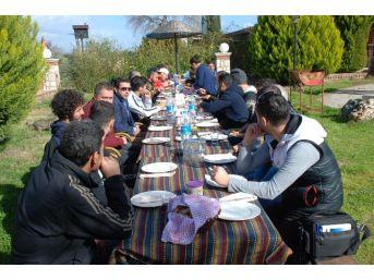 Didim Belediyesporlu Futbolcular Kahvaltıda Bir Araya Geldi