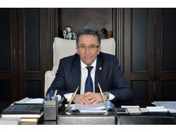"""Edremit Belediye Başkanı Kamil Saka; """"uğur Mumcu'yu Saygıyla Anıyoruz"""""""