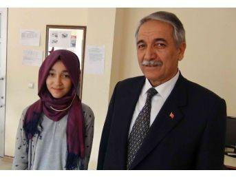 Teog Sınavında Türkiye Derecesi Yapan Öğrenci Ödüllendirildi