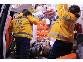 Milas'ta Cip Otomobille Çarpıştı: 4 Yaralı