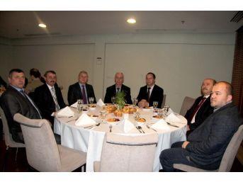 Gagauz Başkanlar Hendek'te