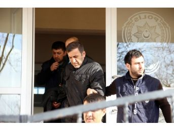 Sakarya'da Cinayete Karıştıkları İddiasıyla Gözaltına Alınan İki Kişi Adliyeye Sevk Edildi
