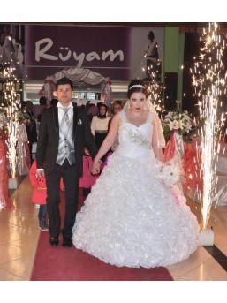 Gelin, Düğün Sabahı Altınları Alıp Kaçtı  - Fotoğraflar