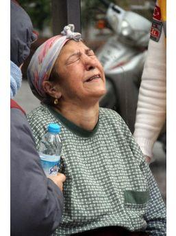 Yangında Ağabeyini Kurtaramayan Kız Kardeşin Feryadı