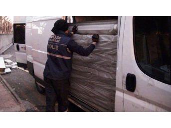 Aksaray'da 41 Bin Paket Kaçak Sigara Ele Geçirildi
