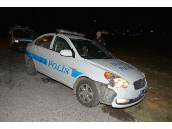 Kaçan Sürücü Polis Otosuna Çarptı