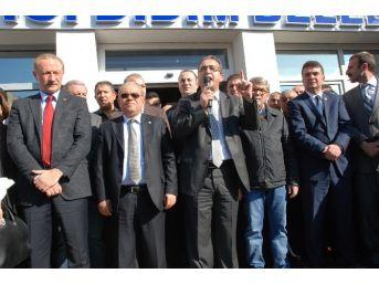 Didim'de Belediye Başkan Yardımcısına Yönelik Saldırıya Tepki
