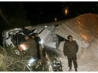 Balıkesir'de Trafik Kazısı: 1 Ölü