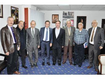 Chp Balıkesir İl Başkanı Mete Erol, Başkan Saka'yı Ziyaret Etti