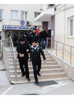 Bursa'da 5 Bin Uyuşturucu Hap Ele Geçti, 2 Kişi Tutuklandı