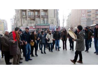 Elazığ'da Bdp'liler Kobani'Yi Kutladı