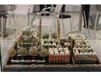 (özel Haber) Ustalık Ölünce Gümüşten Süleymaniye Camii Yaptı