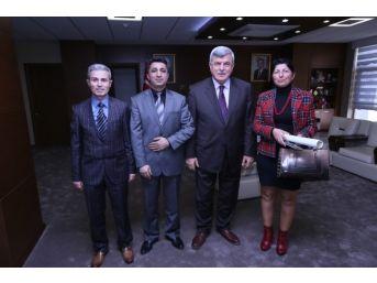 Başkan Karaosmanoğlu Genç Sporcularla Buluştu