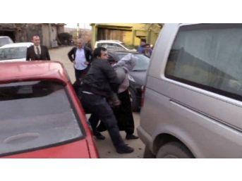 (özel Haber) Uyanık Hırsızları Belediye Başkanının Koruma Polisleri Yakaladı