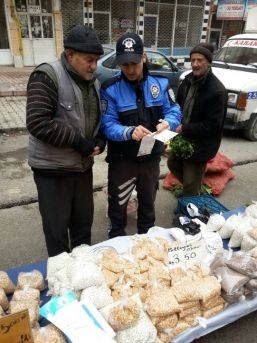 Malatya'da Pazarcılar Sahte Para Konusunda Bilinçlendiriliyor