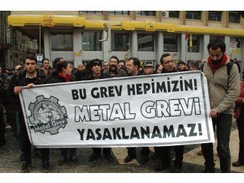 Metal İşçilerine Getirilen Grev Yasağını Protesto Ettiler