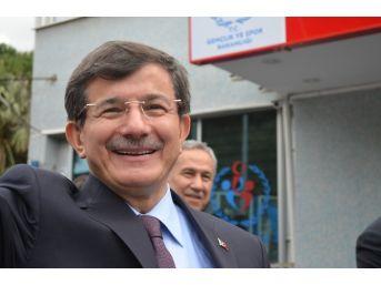 """Başbakan Davutoğlu: """"okullarımızda Süt İle Birlikte Kuru Üzüm De Dağıtılacak"""""""