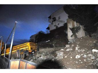 Bodrum'da İstinat Duvarı Çöktü