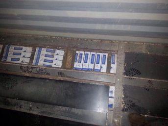 Pamukova'da Bir Tır'da 36 Bin Paket Kaçak Sigara Ele Geçirildi