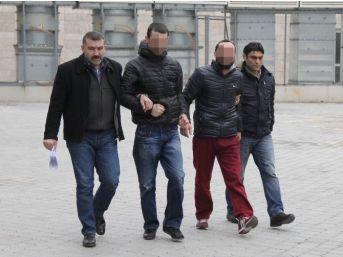 Gözaltına Alınan 2 Kişiye Adli Kontrol