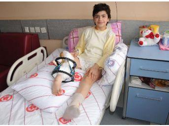 Bacağı 18 Yaşına Kadar Ameliyatla Uzatılacak
