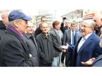 Başkan Gümrükçüoğlu Dernekpazarında Muhtarlarla Bir Araya Geldi